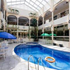 Отель Al Seef Hotel ОАЭ, Шарджа - 3 отзыва об отеле, цены и фото номеров - забронировать отель Al Seef Hotel онлайн бассейн фото 2