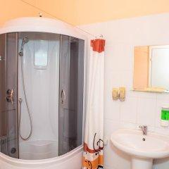 Гостиница Мини-отель Ладомир в Москве 7 отзывов об отеле, цены и фото номеров - забронировать гостиницу Мини-отель Ладомир онлайн Москва ванная
