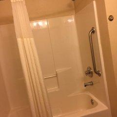 Отель Quality Inn and Suites Summit County 2* Стандартный номер с различными типами кроватей фото 7