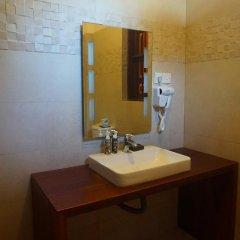 Отель Thaproban Beach House 3* Номер Делюкс с двуспальной кроватью фото 10
