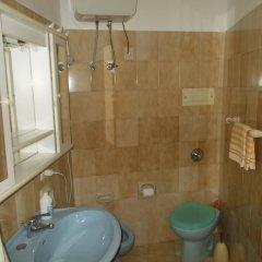 Отель Mondello blue house Италия, Палермо - отзывы, цены и фото номеров - забронировать отель Mondello blue house онлайн ванная