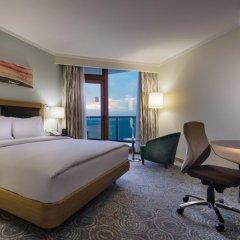 Отель Mersin HiltonSA комната для гостей