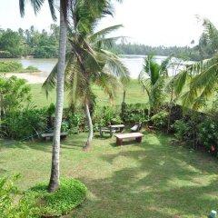 Отель Blue Lagoon Resorts Хиккадува