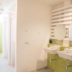 Отель Bed & Body Bangkok 2* Стандартный номер с различными типами кроватей фото 3