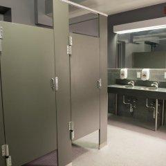 Отель Green Point YMCA Стандартный номер с различными типами кроватей фото 2