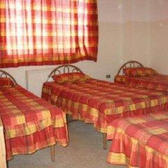 Farah Hotel Кровать в общем номере с двухъярусной кроватью