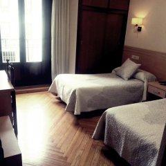 Отель Hostal Avenida Стандартный номер с 2 отдельными кроватями фото 2