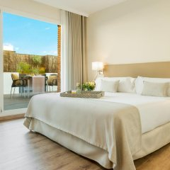 Отель Aparthotel Mariano Cubi Barcelona 4* Улучшенный номер с двуспальной кроватью фото 4