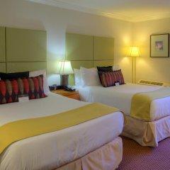 Отель Executive Hotel & Conference Center, Burnaby Канада, Бурнаби - отзывы, цены и фото номеров - забронировать отель Executive Hotel & Conference Center, Burnaby онлайн комната для гостей фото 4