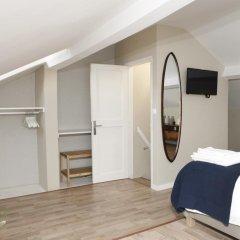 Отель Flores Guest House 4* Апартаменты с различными типами кроватей фото 11