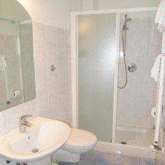 Отель Girasole House 3* Номер категории Эконом с различными типами кроватей фото 3