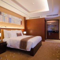 Отель AETAS lumpini 5* Люкс Премьер с двуспальной кроватью