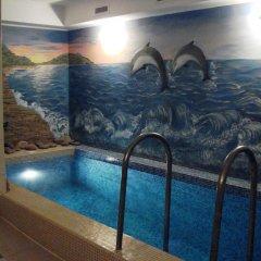 Love Hotel Banjka бассейн