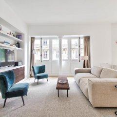 Отель Rue du Louvre - Luxury apartment Франция, Париж - отзывы, цены и фото номеров - забронировать отель Rue du Louvre - Luxury apartment онлайн комната для гостей фото 3