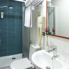 Отель Hostal Astoria Стандартный номер с различными типами кроватей фото 3