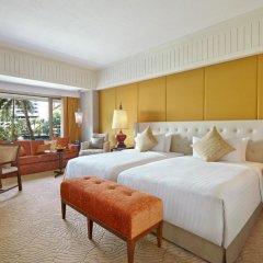 Отель Anantara Siam Bangkok 5* Улучшенный номер с разными типами кроватей