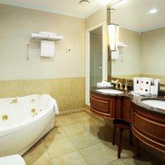 Гостиница Crowne Plaza Minsk 5* Представительский номер разные типы кроватей фото 4