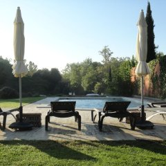 Отель Hostal La Lolita бассейн