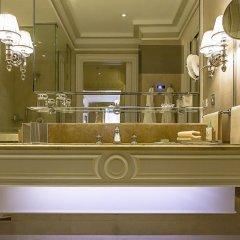 Отель Four Seasons George V Paris фото 18
