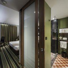 Отель The Continent Bangkok by Compass Hospitality 4* Стандартный номер с различными типами кроватей фото 11