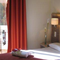 Отель Residencia Erasmus Gracia Улучшенный номер с различными типами кроватей