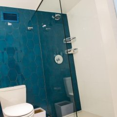Отель Renaissance Aruba Resort & Casino 4* Стандартный номер с различными типами кроватей фото 6