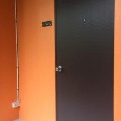 Отель Srisuksant Urban сейф в номере