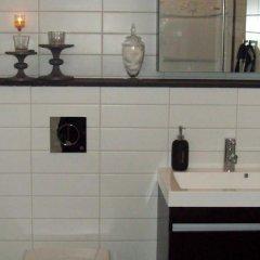 Отель Landvetter Bed & Breakfast Швеция, Ландветтер - отзывы, цены и фото номеров - забронировать отель Landvetter Bed & Breakfast онлайн ванная фото 2