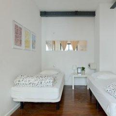 Lisbon Destination Hostel Стандартный номер с 2 отдельными кроватями (общая ванная комната) фото 2