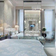 Hotel Sacher 5* Улучшенный номер с двуспальной кроватью фото 3
