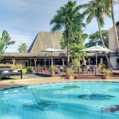 Отель Mercure Nadi Фиджи, Вити-Леву - отзывы, цены и фото номеров - забронировать отель Mercure Nadi онлайн бассейн фото 3