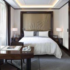 Hotel The Peninsula Paris 5* Улучшенный номер с различными типами кроватей фото 7
