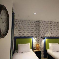 Queens Hotel 3* Улучшенный номер с различными типами кроватей фото 10