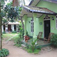 Sylvester Villa Hostel Negombo Кровать в общем номере с двухъярусной кроватью фото 13
