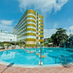 Muong Thanh Holiday Dien Bien Phu Hotel бассейн