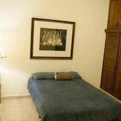 La Hamaca Hostel Стандартный номер с двуспальной кроватью (общая ванная комната) фото 6