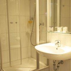 Best Western Raphael Hotel Altona 3* Стандартный номер двуспальная кровать фото 4