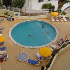 Отель Apartamentos Turisticos Algarve Mor Португалия, Портимао - отзывы, цены и фото номеров - забронировать отель Apartamentos Turisticos Algarve Mor онлайн бассейн фото 2