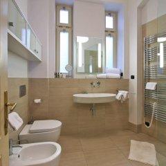 Отель Tyn Church Apartment Чехия, Прага - отзывы, цены и фото номеров - забронировать отель Tyn Church Apartment онлайн ванная
