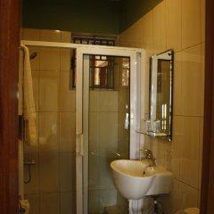 Отель Cheers Guesthouse ванная