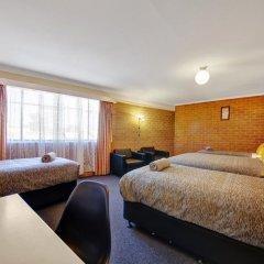 Отель Bendigo Central Deborah 3* Стандартный семейный номер с двуспальной кроватью