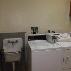 DC International Hostel 1 Кровать в общем номере с двухъярусной кроватью фото 2