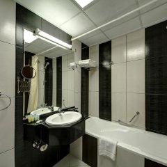 Отель Delmon Palace Дубай ванная фото 2