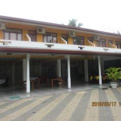 Отель Larns Villa парковка