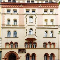 Отель Carlton Opera 3* Апартаменты с различными типами кроватей