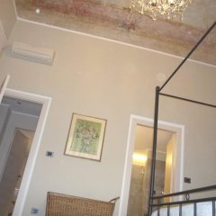 Отель Madama Cristina Bed & Breakfast Стандартный номер с различными типами кроватей фото 3