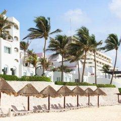 Отель GR Caribe Deluxe By Solaris - Все включено Мексика, Канкун - 8 отзывов об отеле, цены и фото номеров - забронировать отель GR Caribe Deluxe By Solaris - Все включено онлайн пляж фото 2