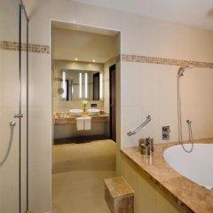 Avani Deira Dubai Hotel 5* Стандартный номер с различными типами кроватей фото 4