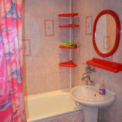 Гостиница On Rizhskaya 58 в Тюмени отзывы, цены и фото номеров - забронировать гостиницу On Rizhskaya 58 онлайн Тюмень ванная