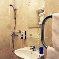 Гостиница Максима Заря 3* Стандартный номер с двуспальной кроватью фото 7